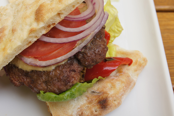 DietColoseum Burger