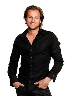 Umělecký ředitel sekce Philips péče o vlasy, Andy Uffels