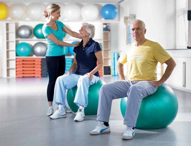 Unikátní pacientské návody poradí,na co se připravit před i po operaci kyčelního a kolenního kloubu