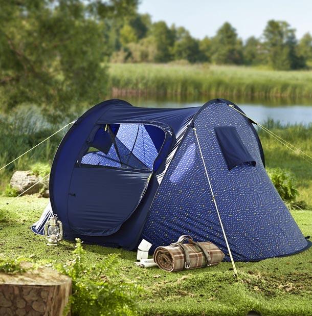 Užijte si táboření v přírodě díky chytrým nápadům a správnému vybavení od Tchibo