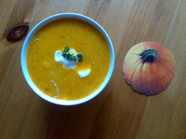 Recept pro uživatele aplikace Kalorické tabulky: Jednoduchá dýňová polévka, kterou zvládne úplně každý